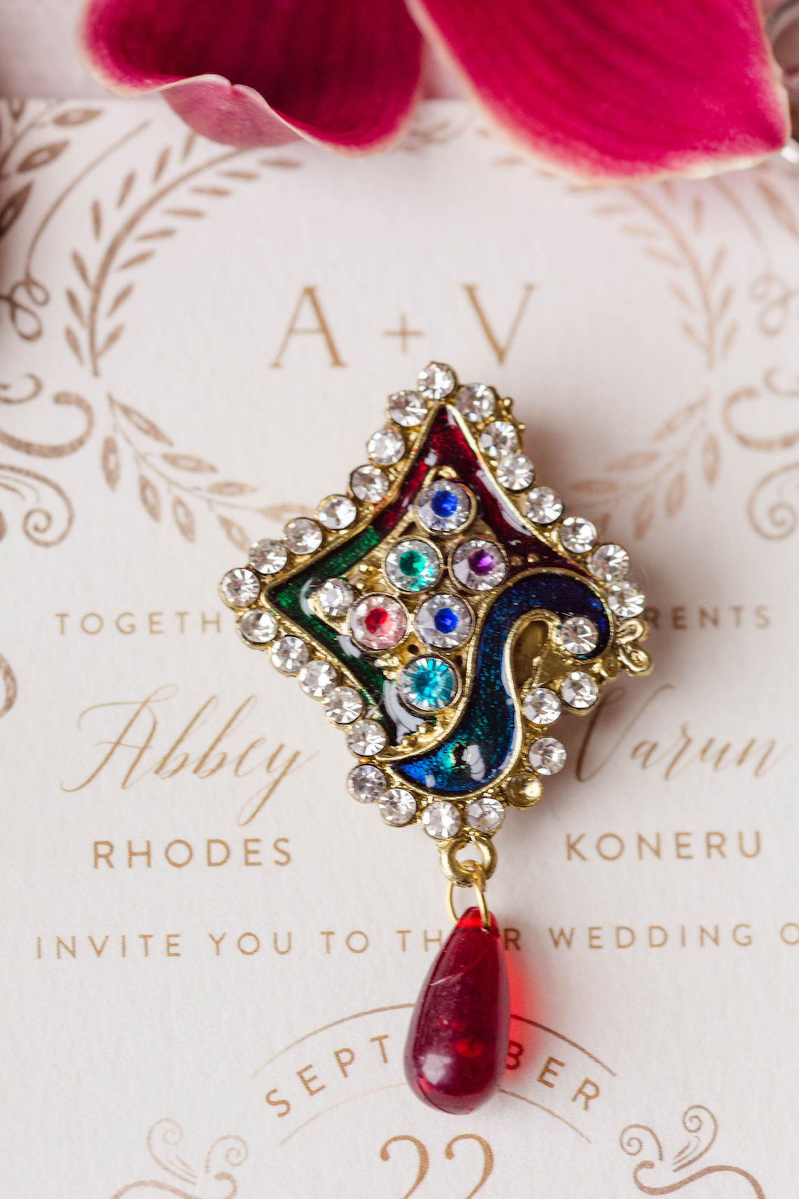 Beautiful Burgundy Hindu Fusion Wedding – Danielle Harris Photography 8