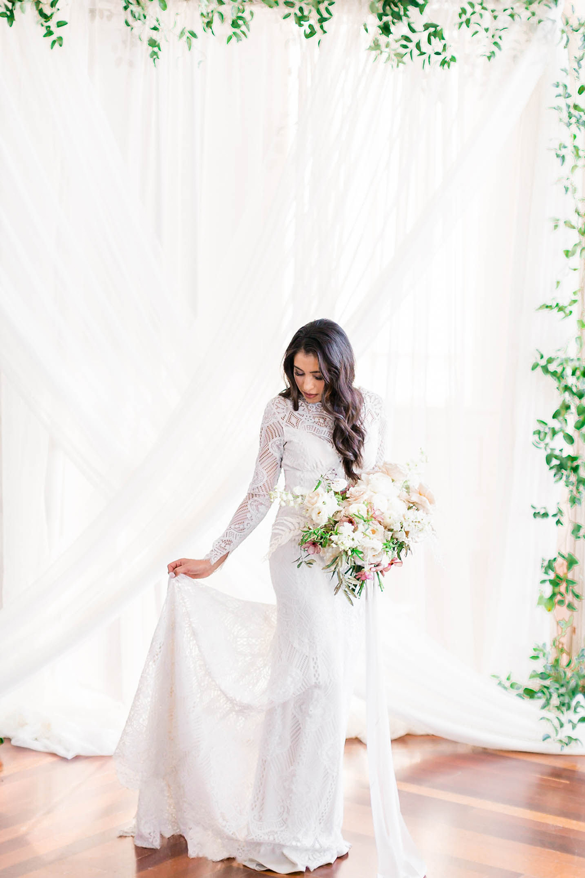 Draped Elegance – Luxurious Indoor Wedding Inspiratoin – Danielle Harris Photography 33