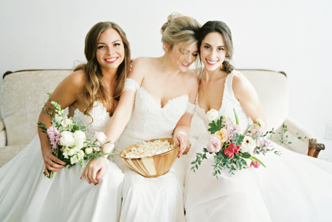 Monica Phoebe and Rachel Friends Bridal Inspiration – Lora Grady Photography 7