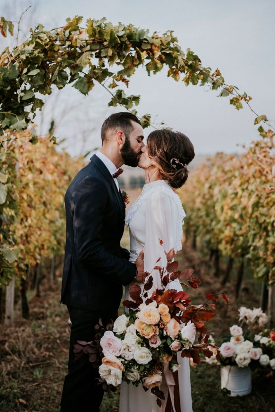 Romantic Vintage Italian Winery Wedding Inspiration – Giulia Santarelli 31