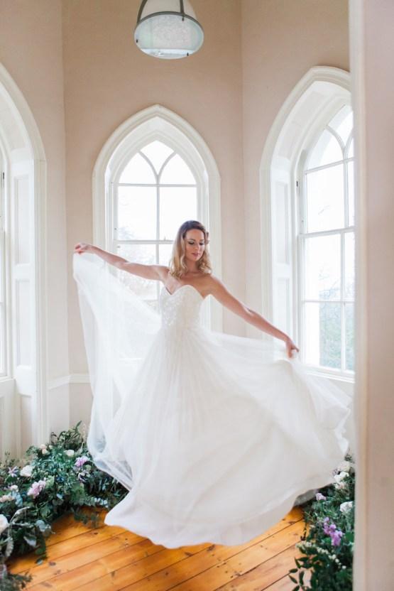 Celestial Stars and Moons Ballerina Bridal Inspiration – Amanda Karen Photography 27