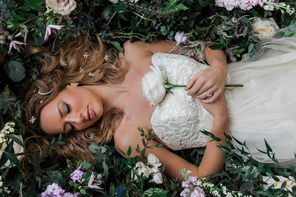Celestial Stars and Moons Ballerina Bridal Inspiration – Amanda Karen Photography 3