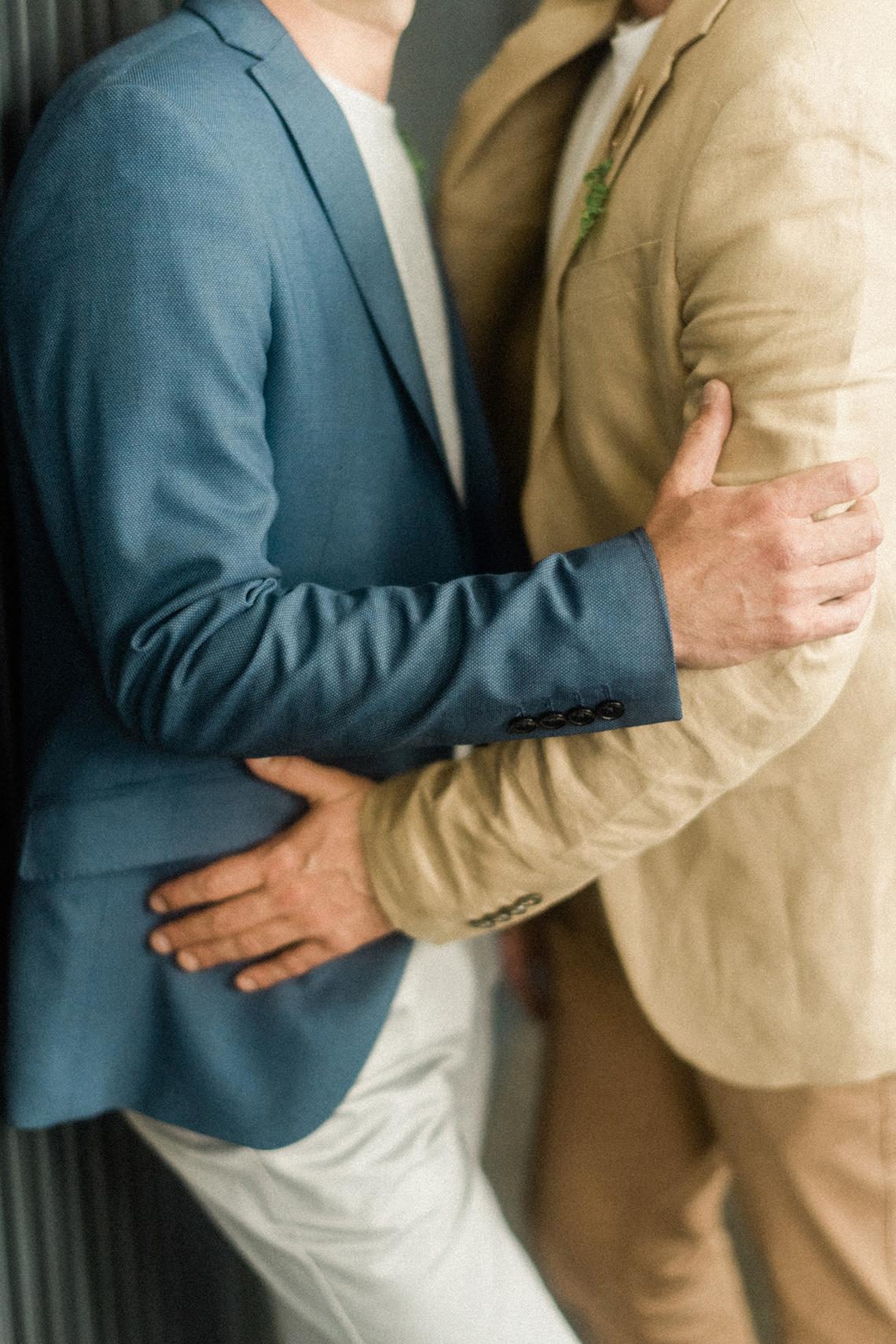 Organic Technicolor Lisbon Gay Elopement Inspiration – Happy Together Films – Adriana Morais Fotografia 37