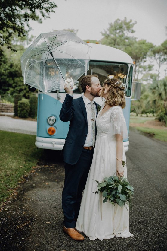 Quirky Vintage Food Truck Wedding Filled With Details – Amanda Rose Weddings – Kara Quinn Photography 38