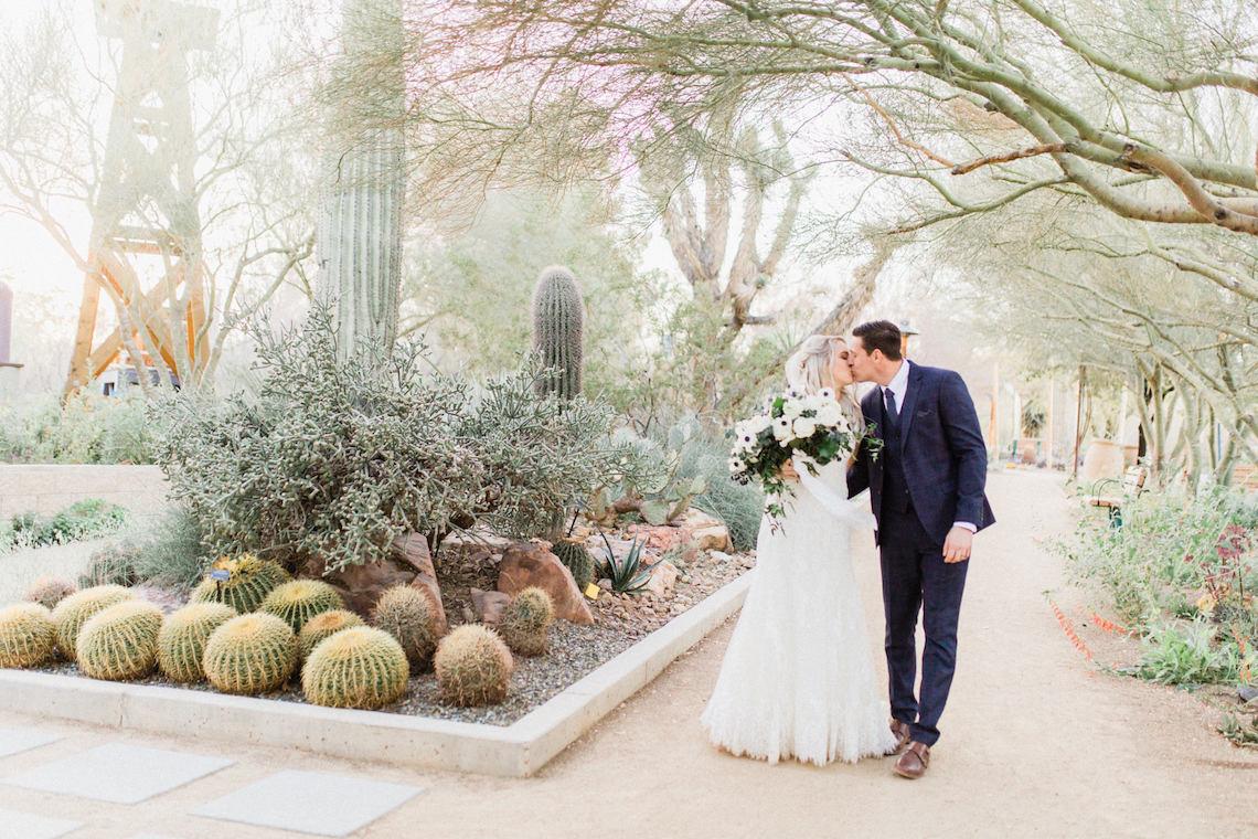 Rustic Blue Las Vegas Desert Wedding – Susie and Will 6