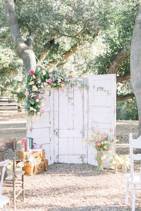 Whimsical Blue Alice and Wonderland Wedding Inspiration – Stephanie Weber Photography 16