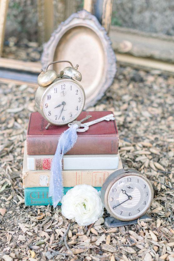 Whimsical Blue Alice and Wonderland Wedding Inspiration – Stephanie Weber Photography 18