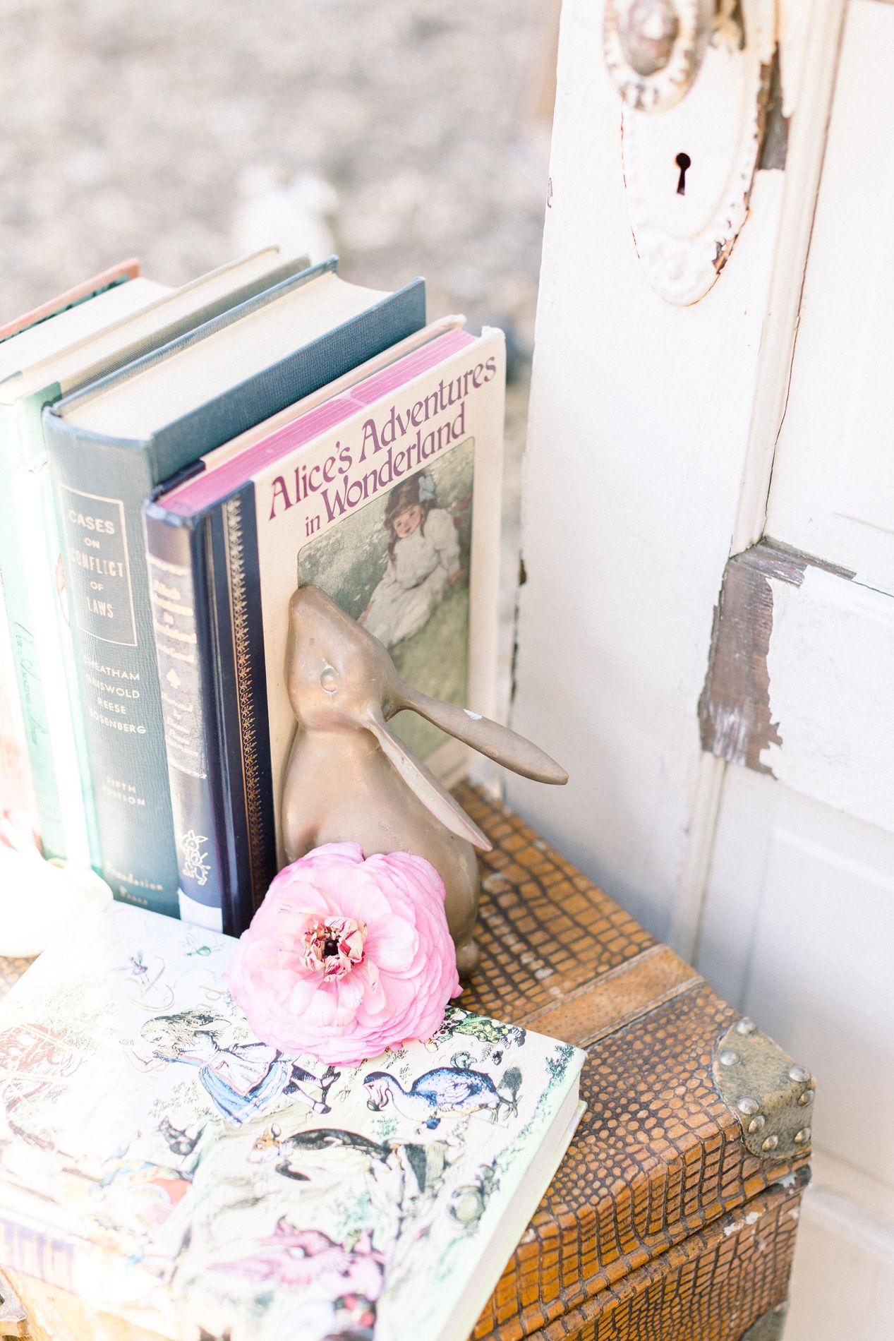 Whimsical Blue Alice and Wonderland Wedding Inspiration – Stephanie Weber Photography 19