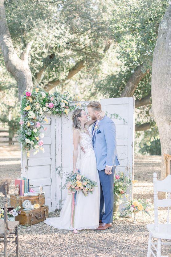 Whimsical Blue Alice and Wonderland Wedding Inspiration – Stephanie Weber Photography 21