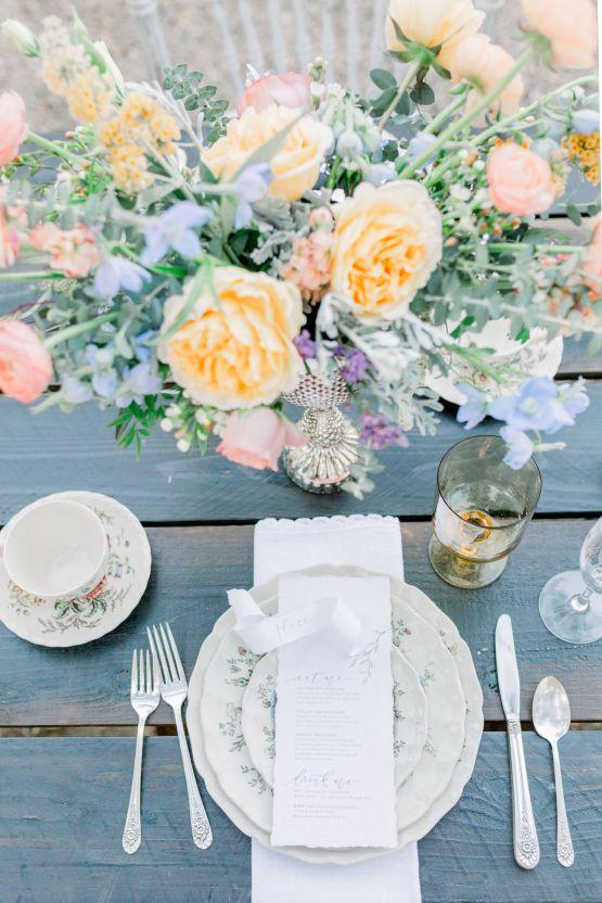 Whimsical Blue Alice and Wonderland Wedding Inspiration – Stephanie Weber Photography 33
