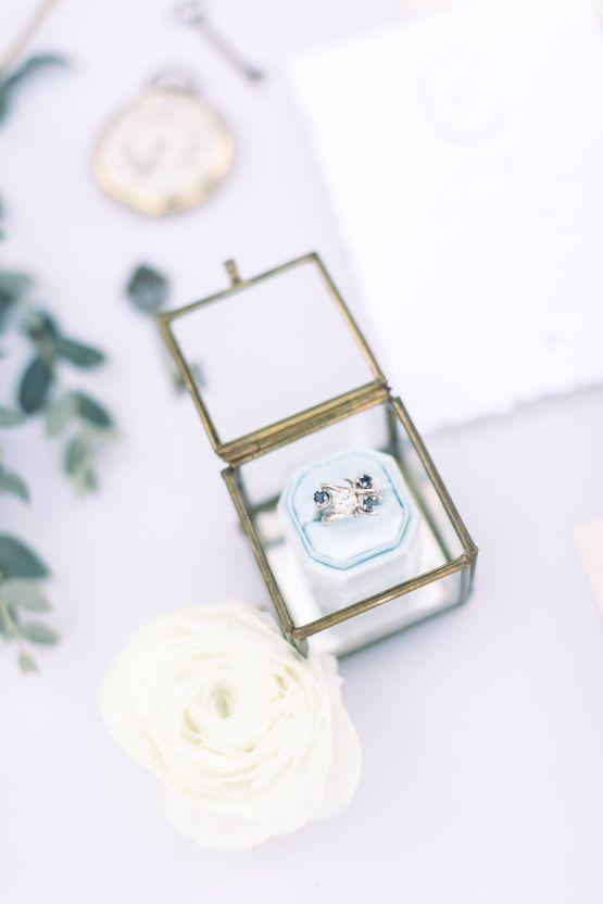 Whimsical Blue Alice and Wonderland Wedding Inspiration – Stephanie Weber Photography 7