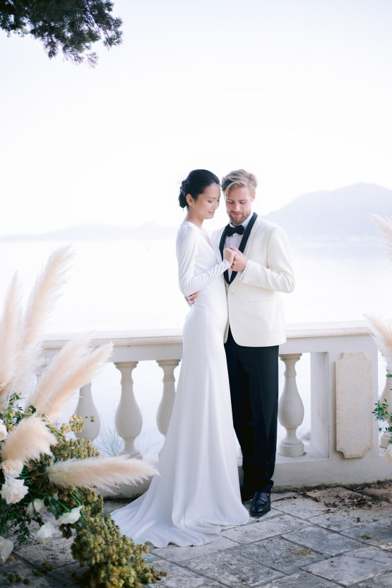 Modern Fashion-Forward Black White and Pink Greek Wedding Inspiration – Panos Demiropoulos 39