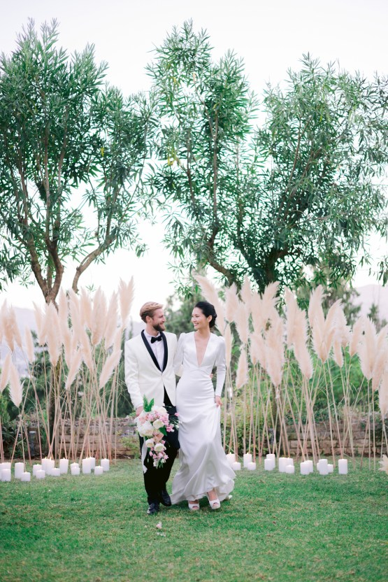 Modern Fashion-Forward Black White and Pink Greek Wedding Inspiration – Panos Demiropoulos 46