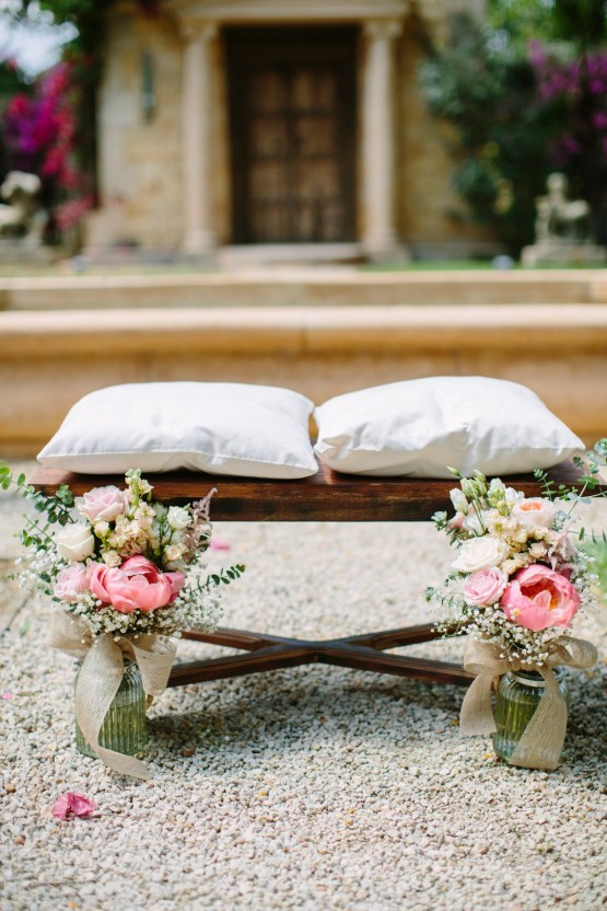 Posh Mallorca Pool Party Wedding at a Rustic Spanish Villa – Sandra Manas 17