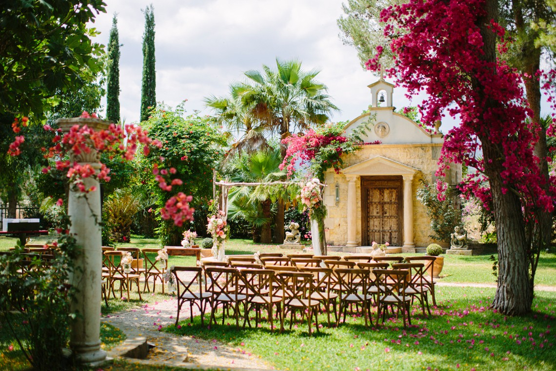 Posh Mallorca Pool Party Wedding at a Rustic Spanish Villa – Sandra Manas 47