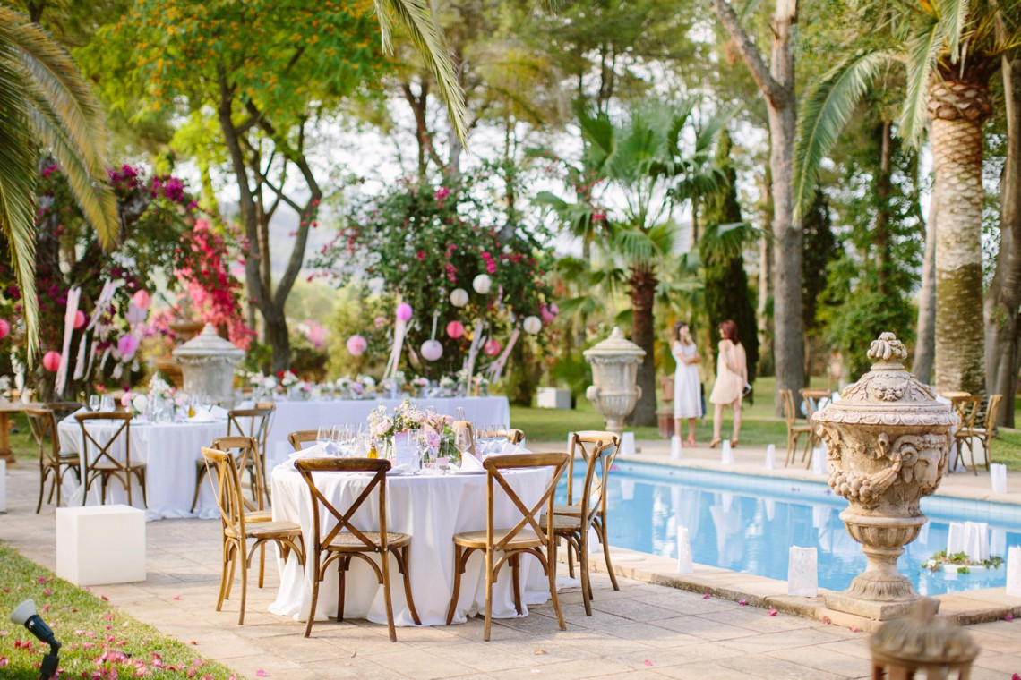 Posh Mallorca Pool Party Wedding at a Rustic Spanish Villa – Sandra Manas 55