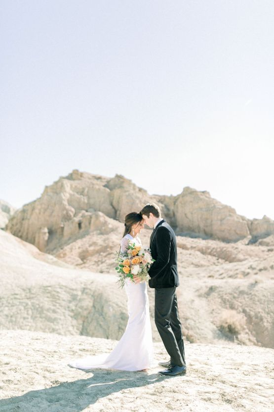 Rainbow Basin Desert Wedding Inspiration with Moon Stationery – Victoria Masai Photography 6