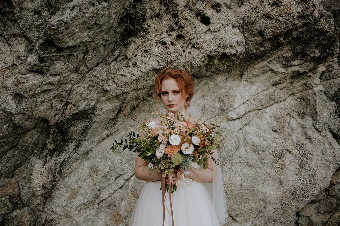 Rose Gold and Copper Cinque Terre Fall Wedding Inspiration – Di Luce e d Ombra – Greta Betton Wedding Planner 1