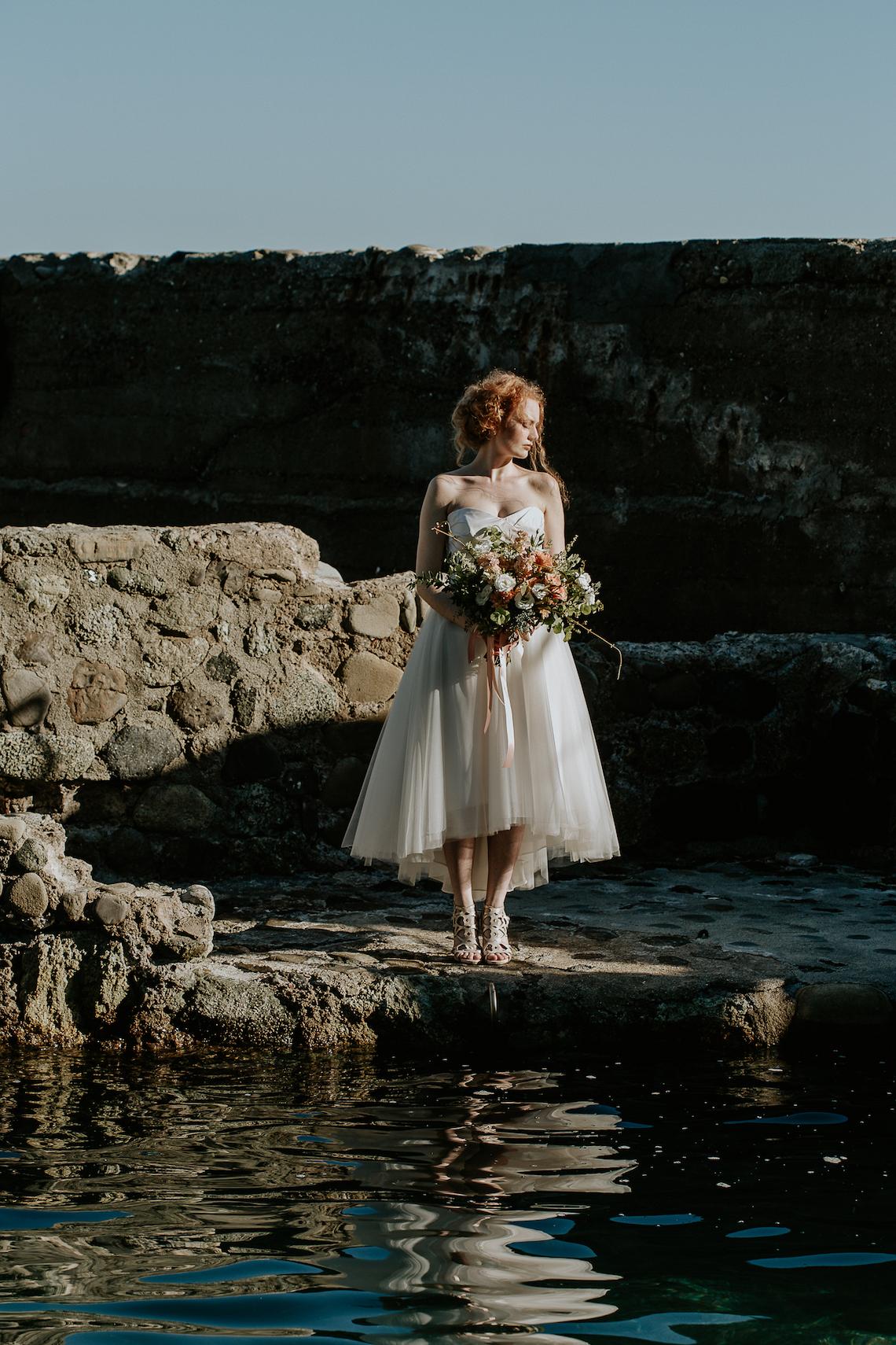 Rose Gold and Copper Cinque Terre Fall Wedding Inspiration – Di Luce e d Ombra – Greta Betton Wedding Planner 11
