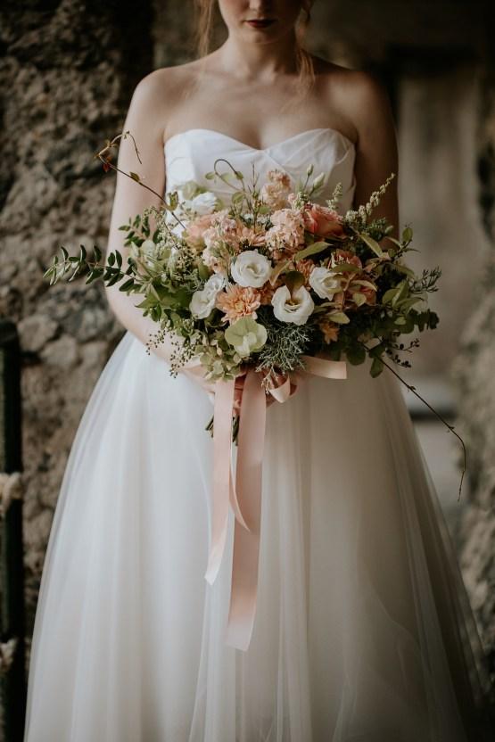 Rose Gold and Copper Cinque Terre Fall Wedding Inspiration – Di Luce e d Ombra – Greta Betton Wedding Planner 13