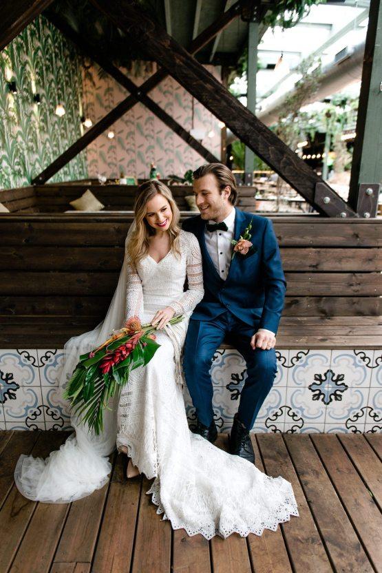 Bold Tropical Wedding Inspiration – Katerina Antos-Lewis Photography 34
