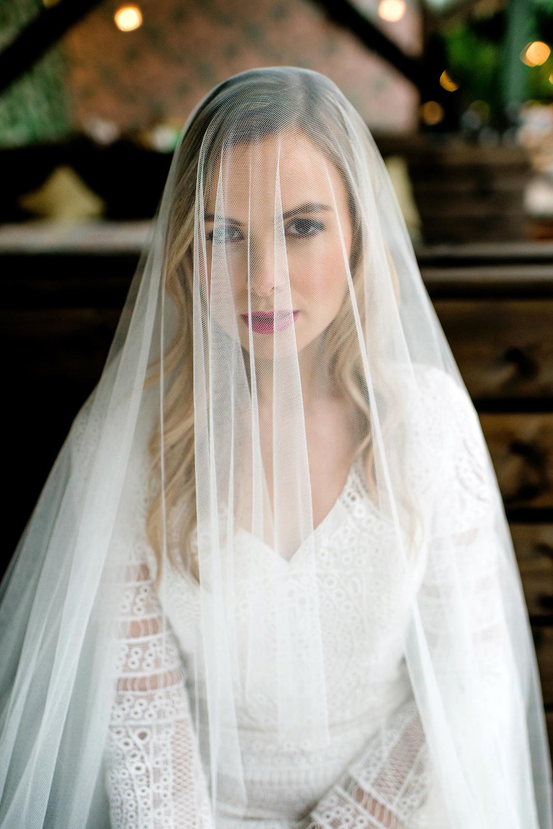 Bold Tropical Wedding Inspiration – Katerina Antos-Lewis Photography 37