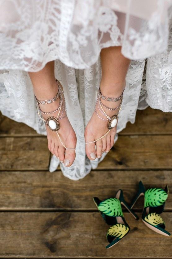 Bold Tropical Wedding Inspiration – Katerina Antos-Lewis Photography 49