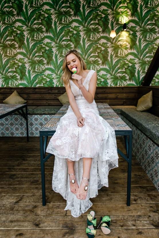 Bold Tropical Wedding Inspiration – Katerina Antos-Lewis Photography 50