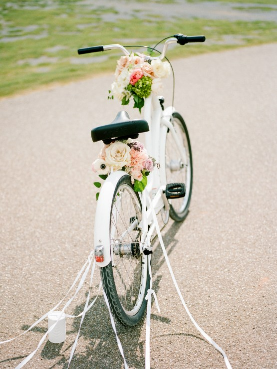 Feminine Floral-Filled Alabama Wedding Inspiration with a Getaway Bicycle – Davy Whitener 29
