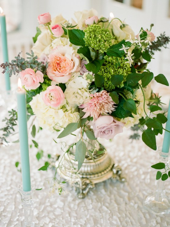 Feminine Floral-Filled Alabama Wedding Inspiration with a Getaway Bicycle – Davy Whitener 5