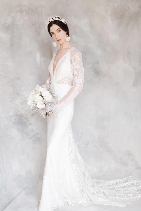 Luxurious and Fashion-Forward All White Wedding Inspiration – Emma Pilkington Photography 19