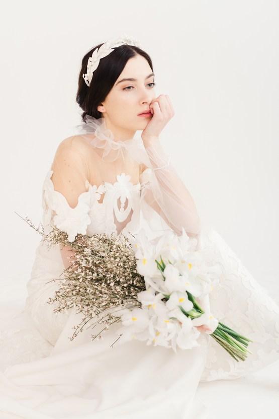 Luxurious and Fashion-Forward All White Wedding Inspiration – Emma Pilkington Photography 27