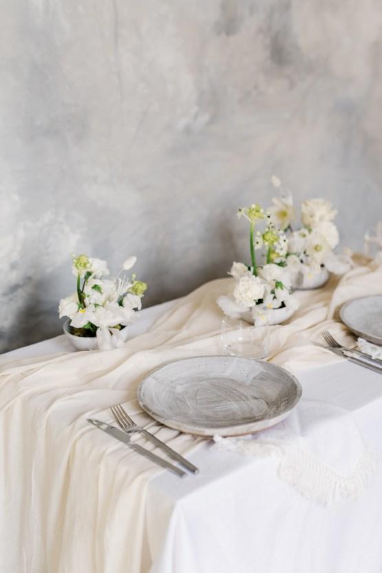 Luxurious and Fashion-Forward All White Wedding Inspiration – Emma Pilkington Photography 5