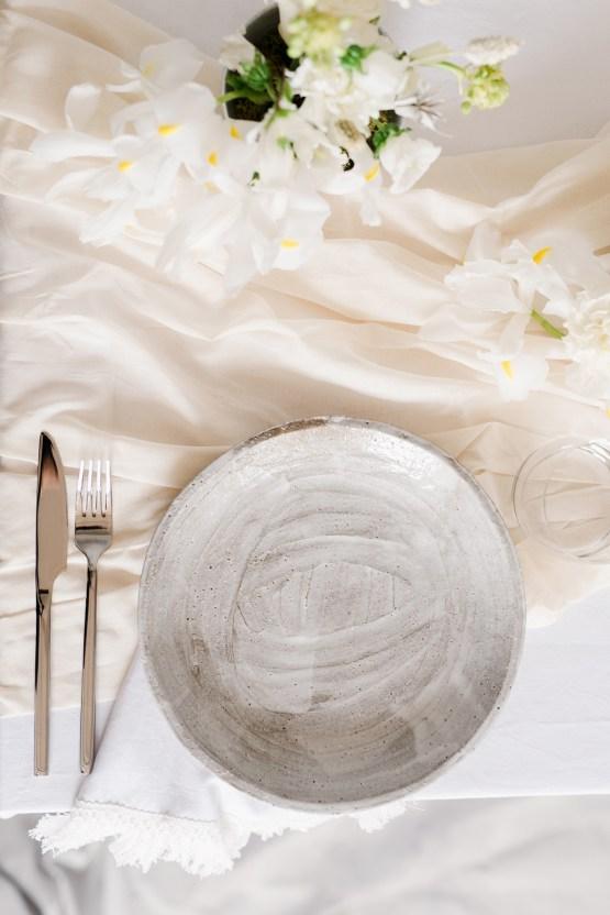 Luxurious and Fashion-Forward All White Wedding Inspiration – Emma Pilkington Photography 8