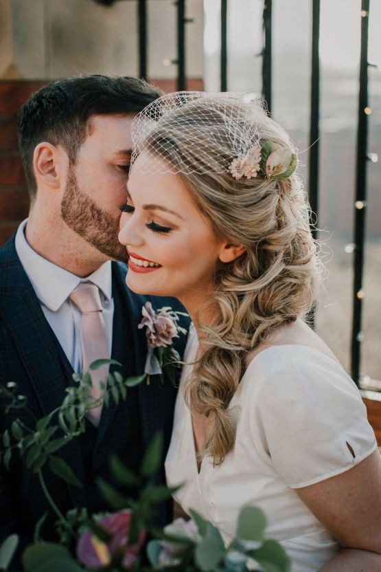 Vintage Glamour Wedding Inspiration in Manchester – Gail Secker Photography 17