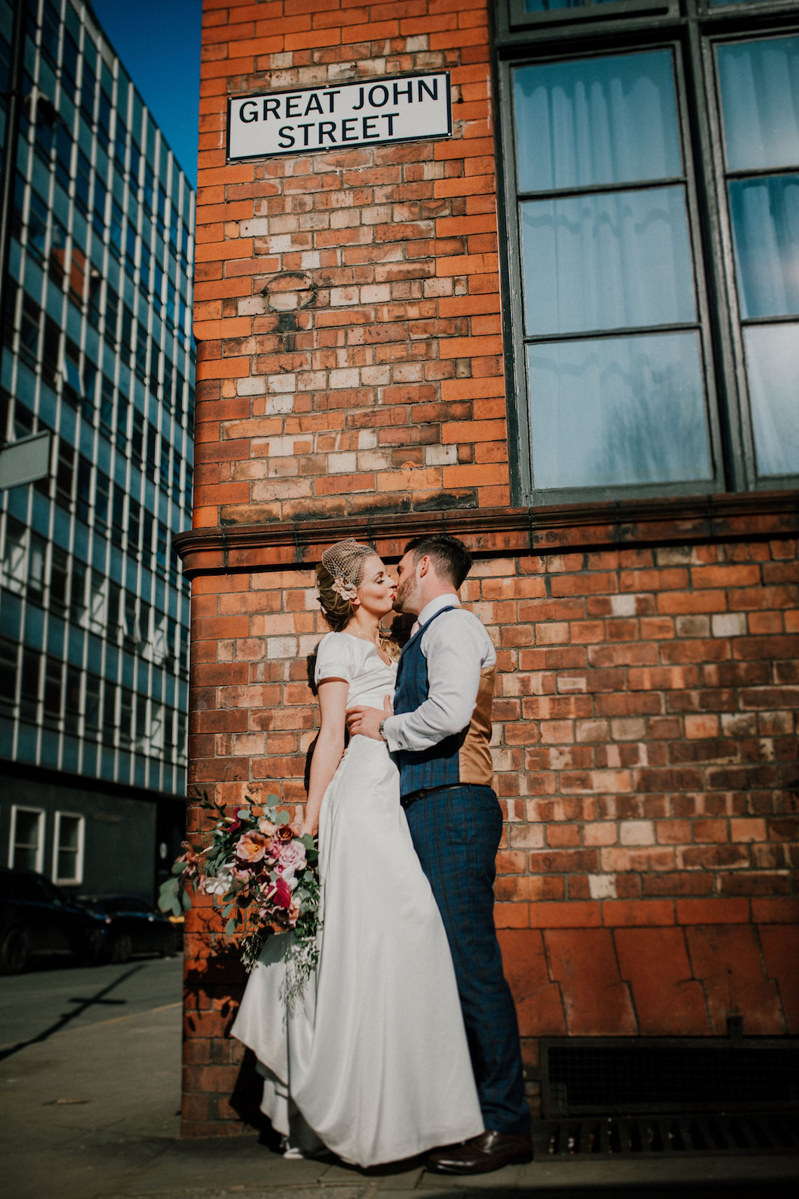 Vintage Glamour Wedding Inspiration in Manchester – Gail Secker Photography 30