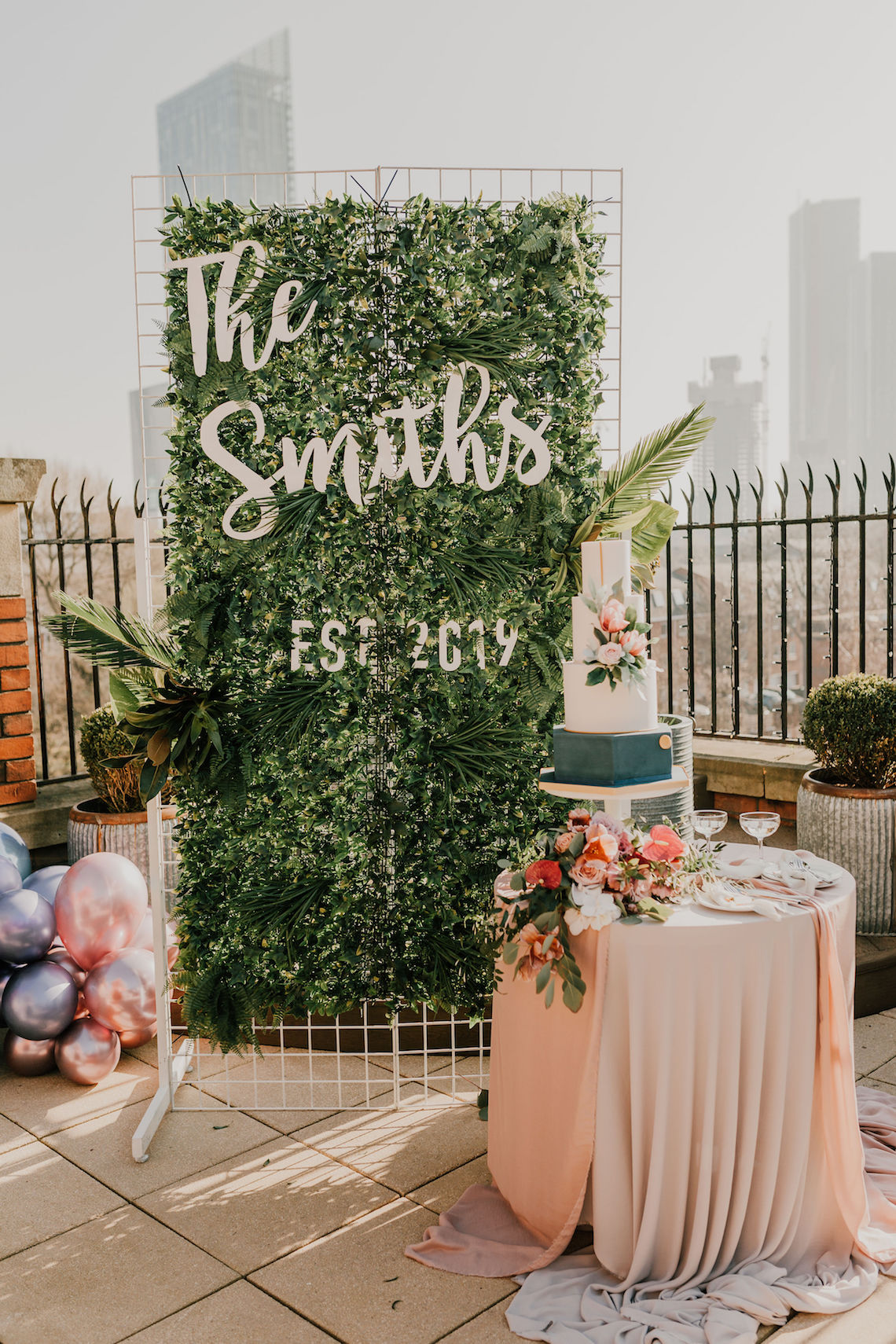 Vintage Glamour Wedding Inspiration in Manchester – Gail Secker Photography 33