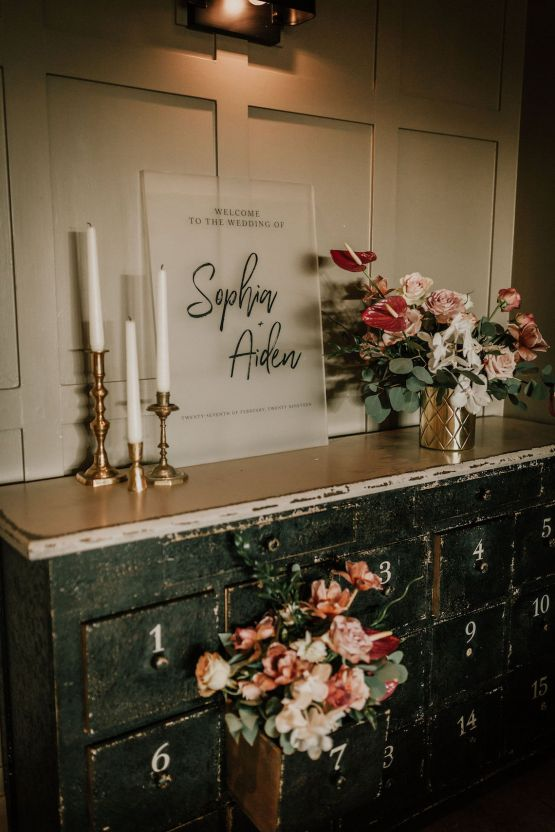 Vintage Glamour Wedding Inspiration in Manchester – Gail Secker Photography 60