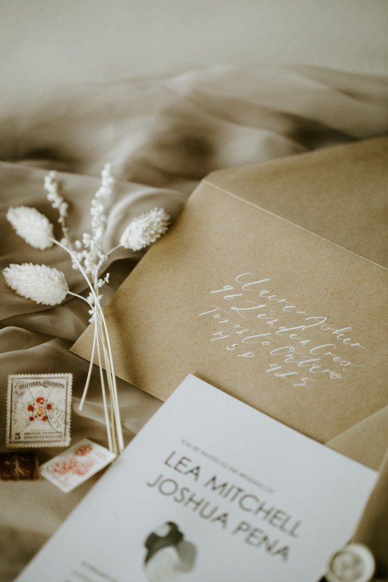 Chic Fall Loft Wedding Inspiration from Toronto – Shannon Robbins Photography – June Bloom Events 14