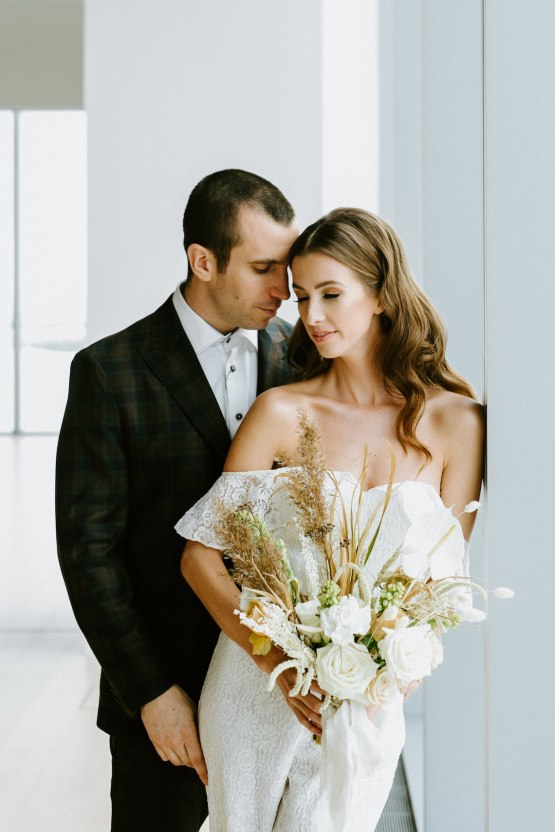 Chic Fall Loft Wedding Inspiration from Toronto – Shannon Robbins Photography – June Bloom Events 28