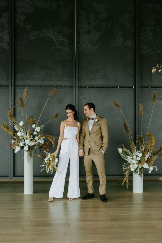 Chic Fall Loft Wedding Inspiration from Toronto – Shannon Robbins Photography – June Bloom Events 43