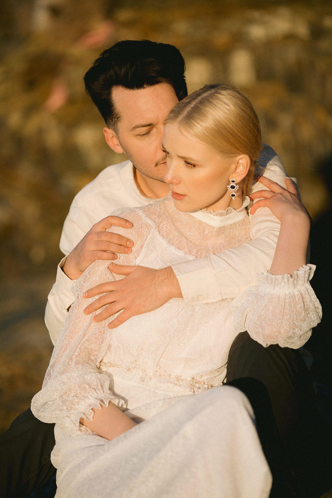 Gorgeous Coastal Ireland Wedding Inspiration – White Cat Studio – Petal and Twine 34