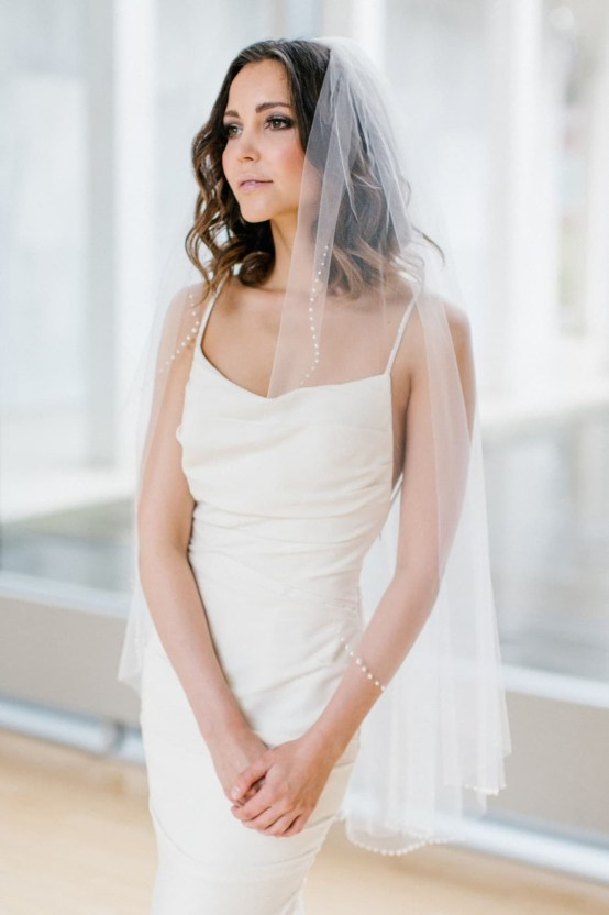 Best Websites to Buy Veils and Bridal Accessories Online- Nordstrom – Toni Federici Picasso fingertip length veil