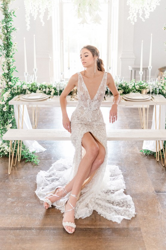 Luxurious and Opulent Wedding Inspiration Featuring Six Stunning Dresses – Gianluca and Mary Adovasio – Tigerlily Weddings 43