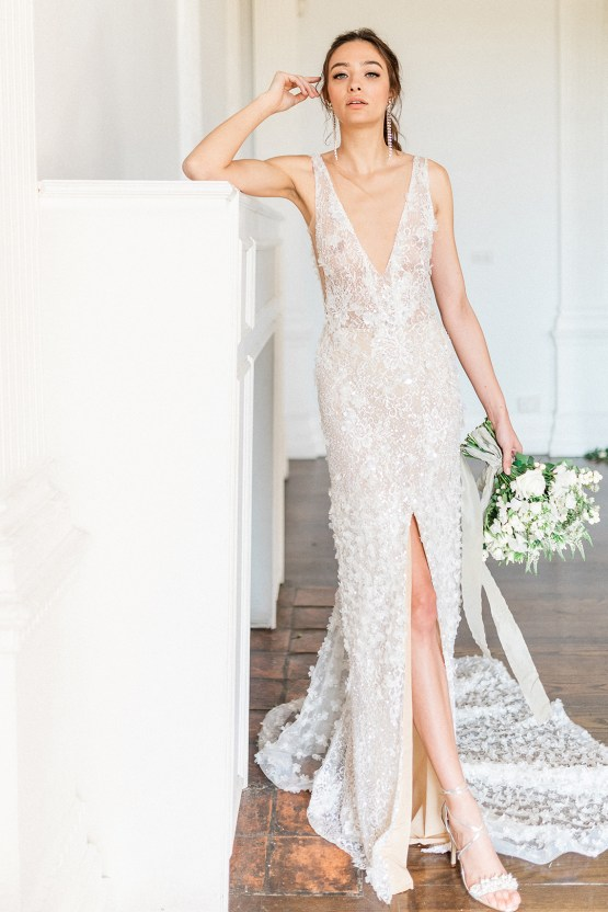 Luxurious and Opulent Wedding Inspiration Featuring Six Stunning Dresses – Gianluca and Mary Adovasio – Tigerlily Weddings 45
