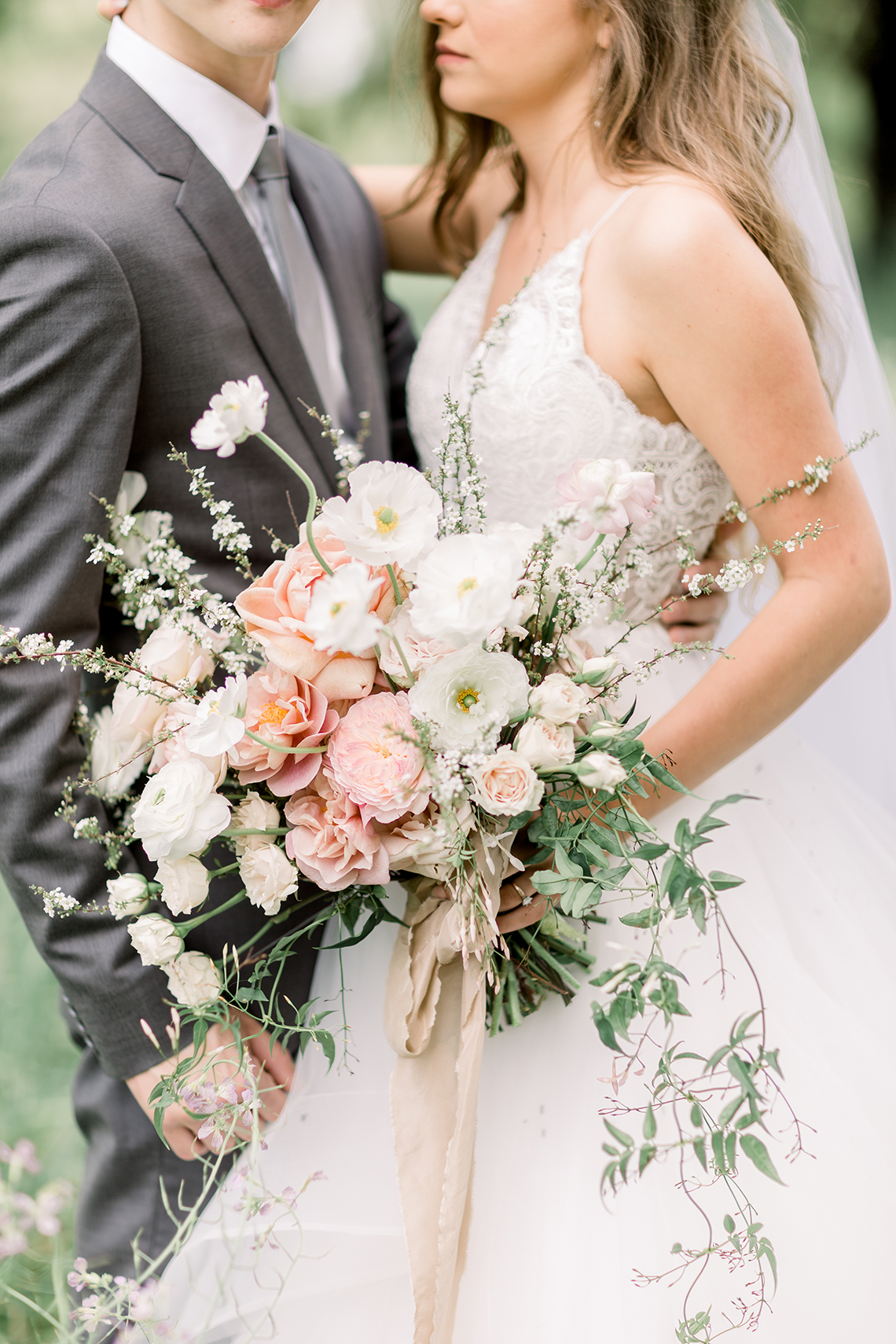 Whimsical Floral-Filled Woodland Wedding – Walnut and Main – Irina Turkova Photography 26