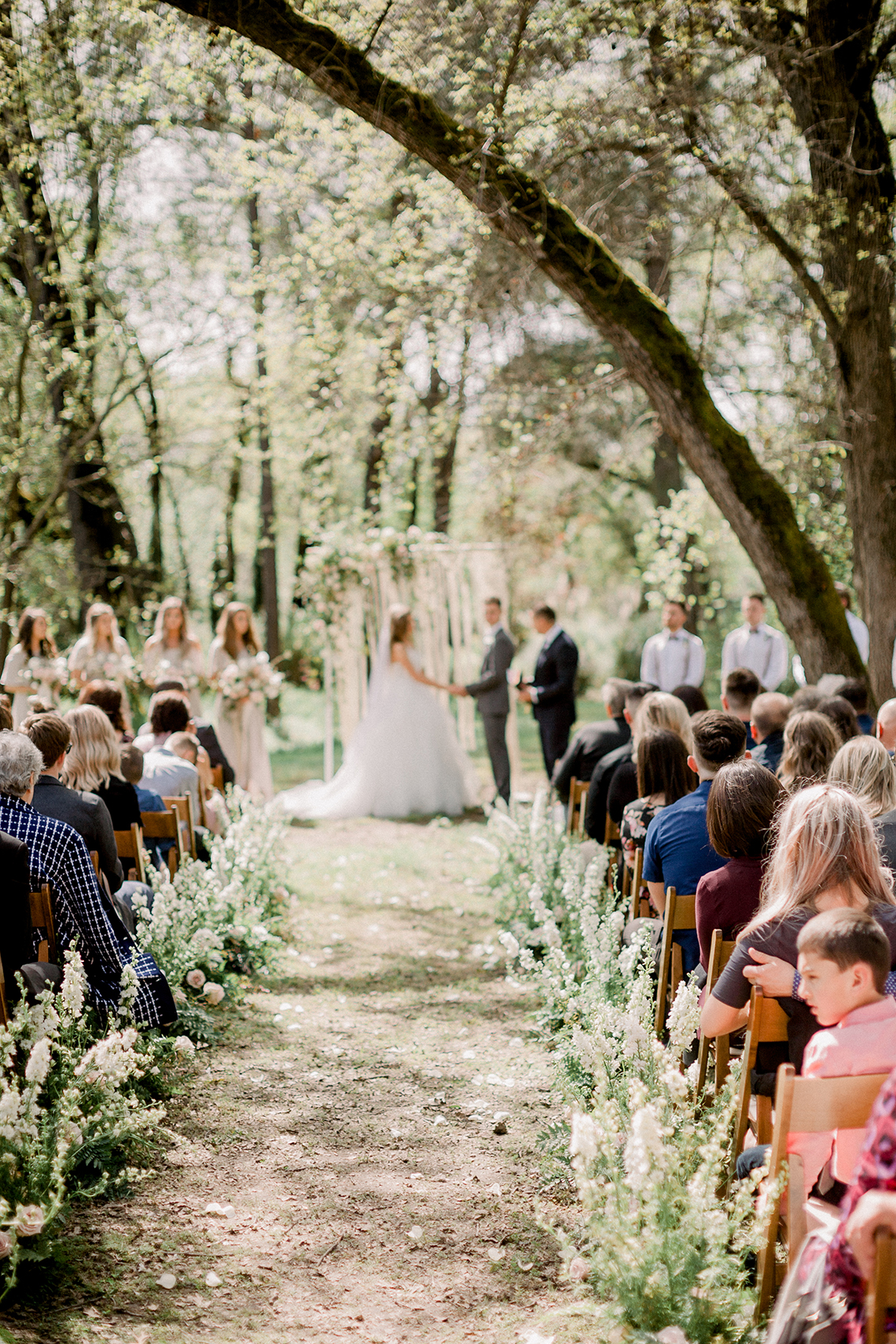 Whimsical Floral-Filled Woodland Wedding – Walnut and Main – Irina Turkova Photography 50