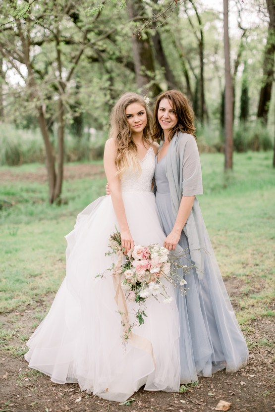 Whimsical Floral-Filled Woodland Wedding – Walnut and Main – Irina Turkova Photography 55