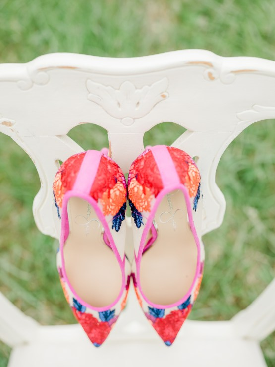 Whimsical Pantone Living Coral Colorful Meadow Wedding Inspiration – Kira Nicole Photography 11