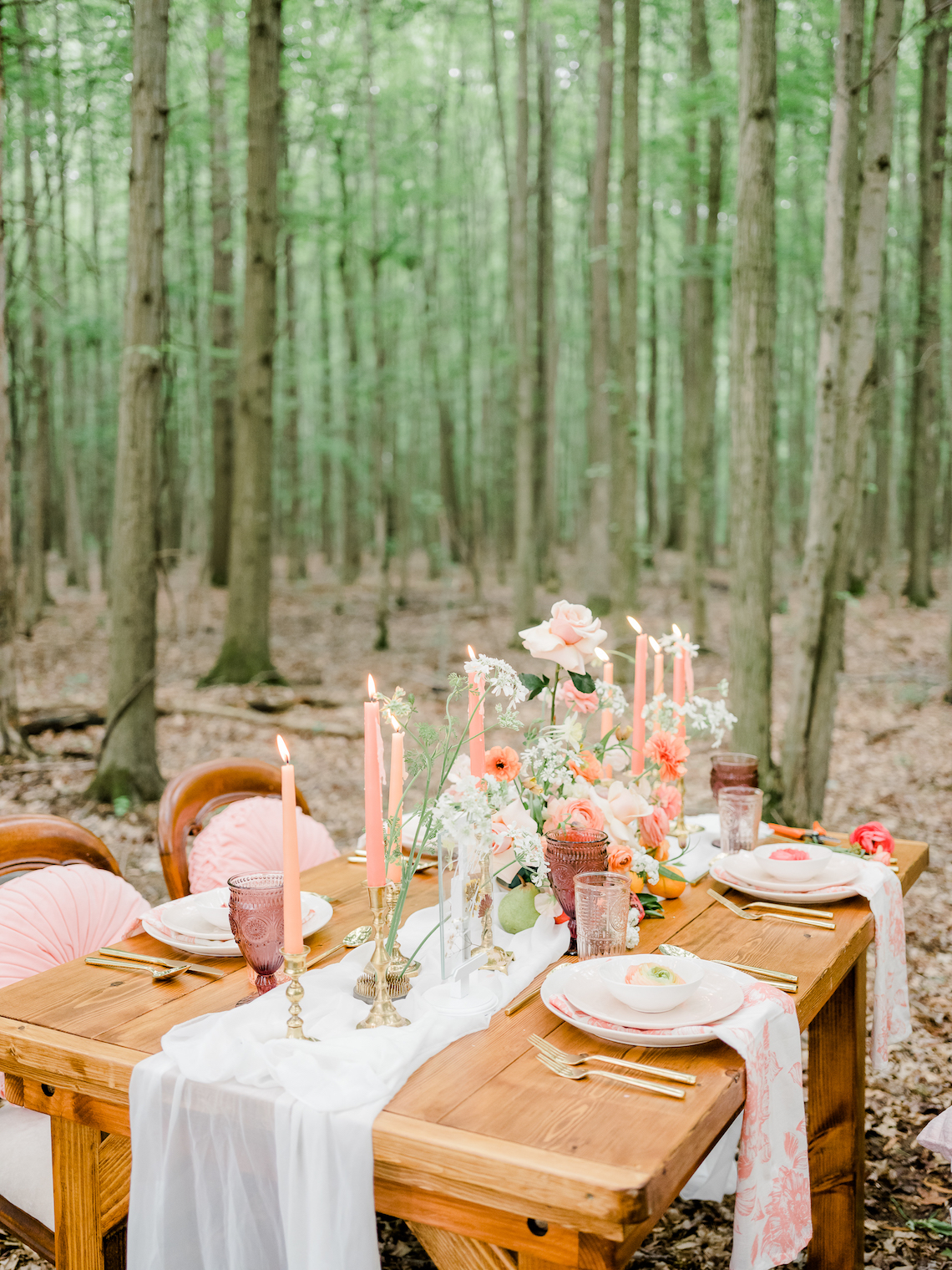 Whimsical Pantone Living Coral Colorful Meadow Wedding Inspiration – Kira Nicole Photography 15